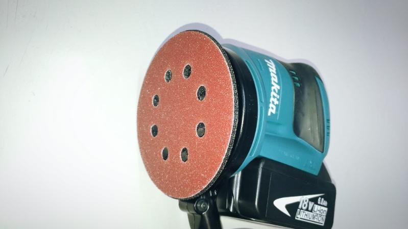 マキタの充電式ランダムオービットサンダ(BO180DRFBO180DZ)で鉄塗装剥がし -5-