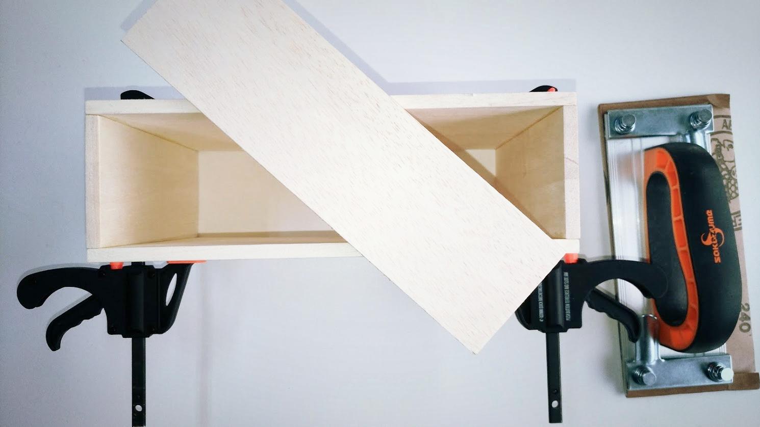 木箱の製作(小物入れ)のこやすり -3-