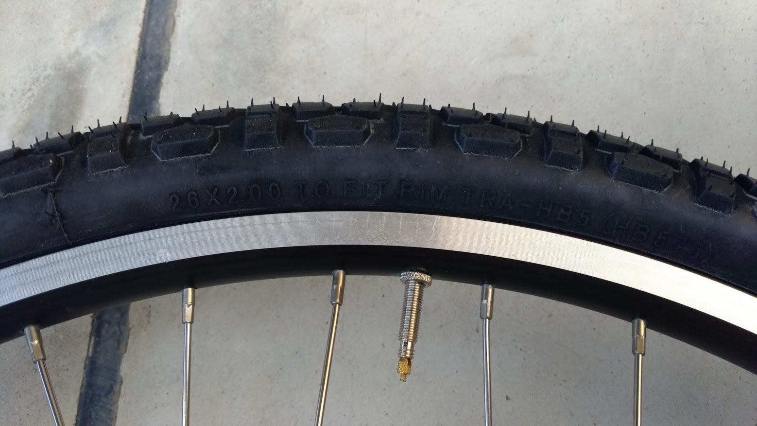 ブリヂストン hydee2 子供電動自転車 パンク タイヤ交換 -16-