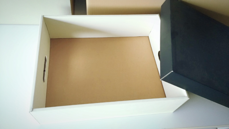 ターナー アイアンペイント 段ボール箱 塗装 -2-