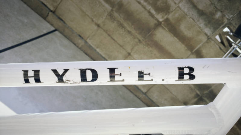電動自転車 HYDEE2 シール ステッカー きれいに剥がす -10-