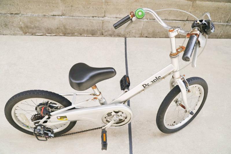 幼児用・子供自転車(16インチ)の錆落とし 上からの写真