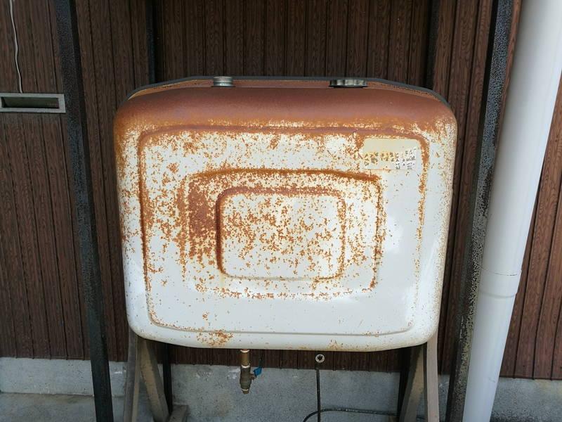 アサヒペン油性高耐久鉄部用塗料 灯油タンクのサビ