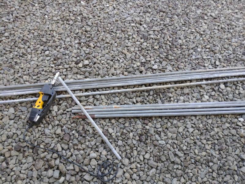 ビニールハウス破棄 電気ノコギリ-リョービASK-1000- -4-