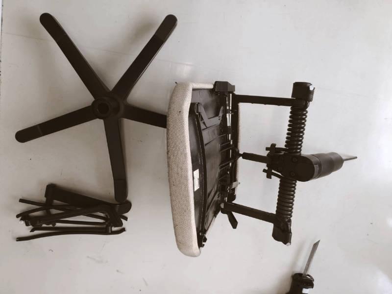 ブラック-デッカーマルチエボシリーズ ノコギリヘッド 椅子 解体 -9-