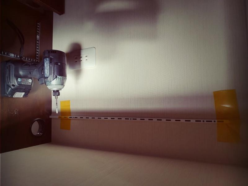 ロイヤル 棚柱&ブラケットで収納棚をDIY -3-