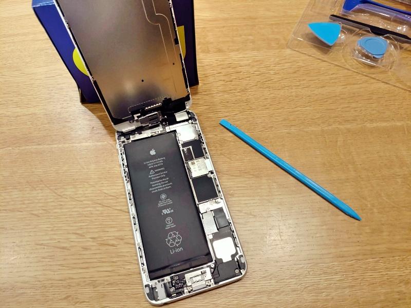 Apple iPhone 6 Plus バッテリー交換 -7-