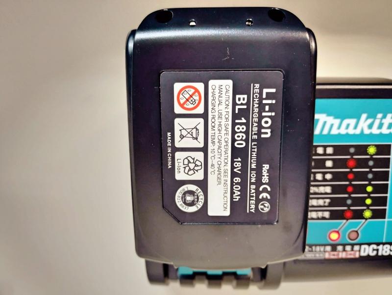 マキタ 互換バッテリー BL1860 6.0Ah 18V 使えない -1-