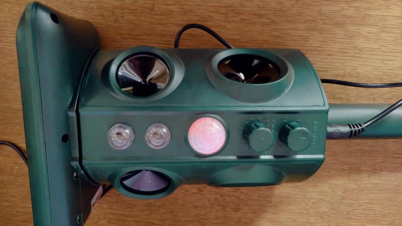 猫よけセンサー動物撃退機(ソーラー充電・USB充電・防水) -11-