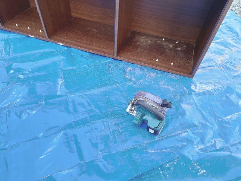 電動丸ノコで家具(タンス・食器棚)を解体 -10-