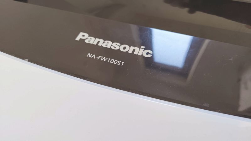 Panasonic洗濯機NA-FW100S1の蓋を修理する_101931