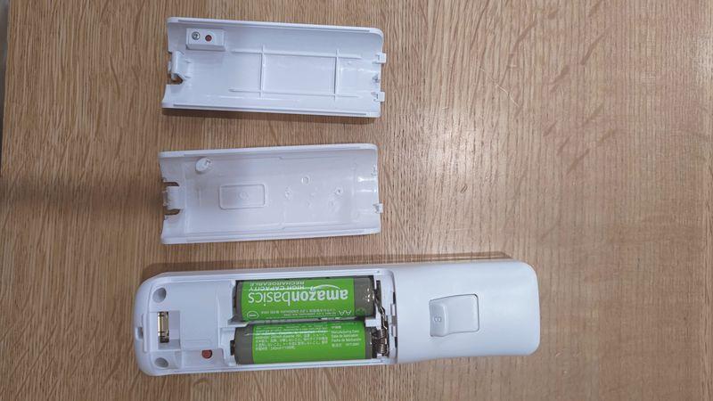 Wii U用リモコンの非接触充電 電池交換 13